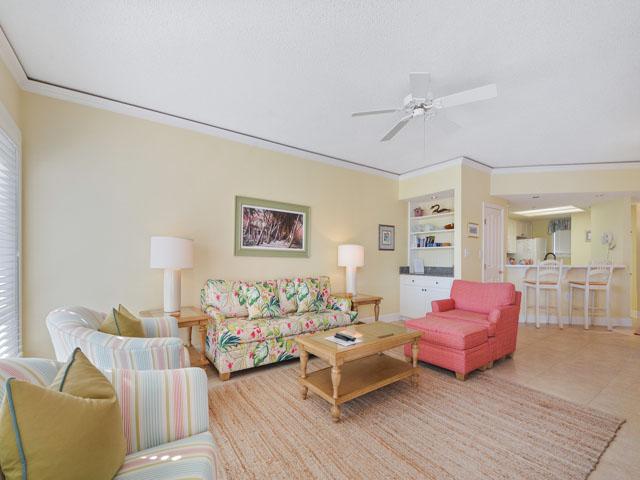 3303 Windsor Court - Living Room