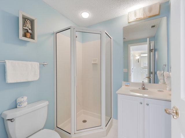 3303 Windsor Court - half bathroom