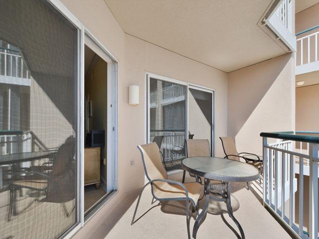 3303 Windsor Court - Balcony