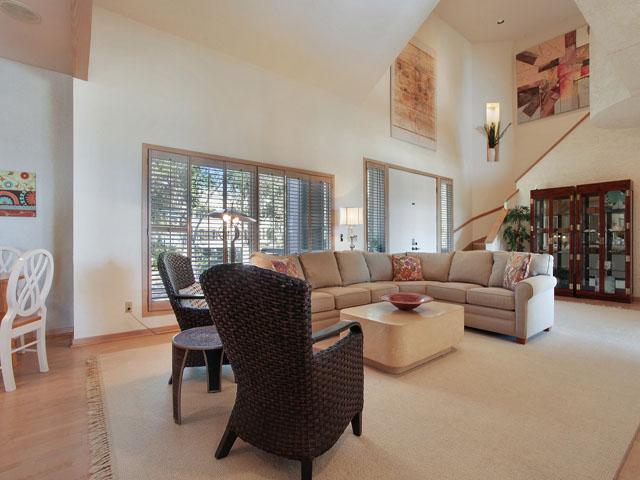 19 Armada - Living Room
