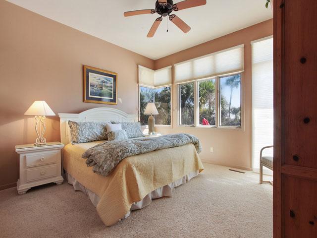 19 Armada - Guest  Bedroom