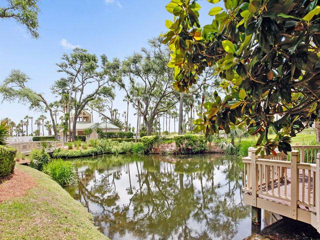 102 Barrington Arms - Landscape view